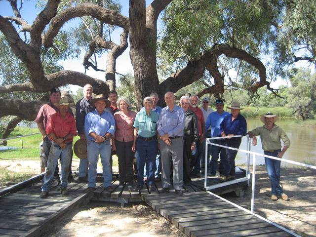 The RHSQ visits The Dig Tree in 2012